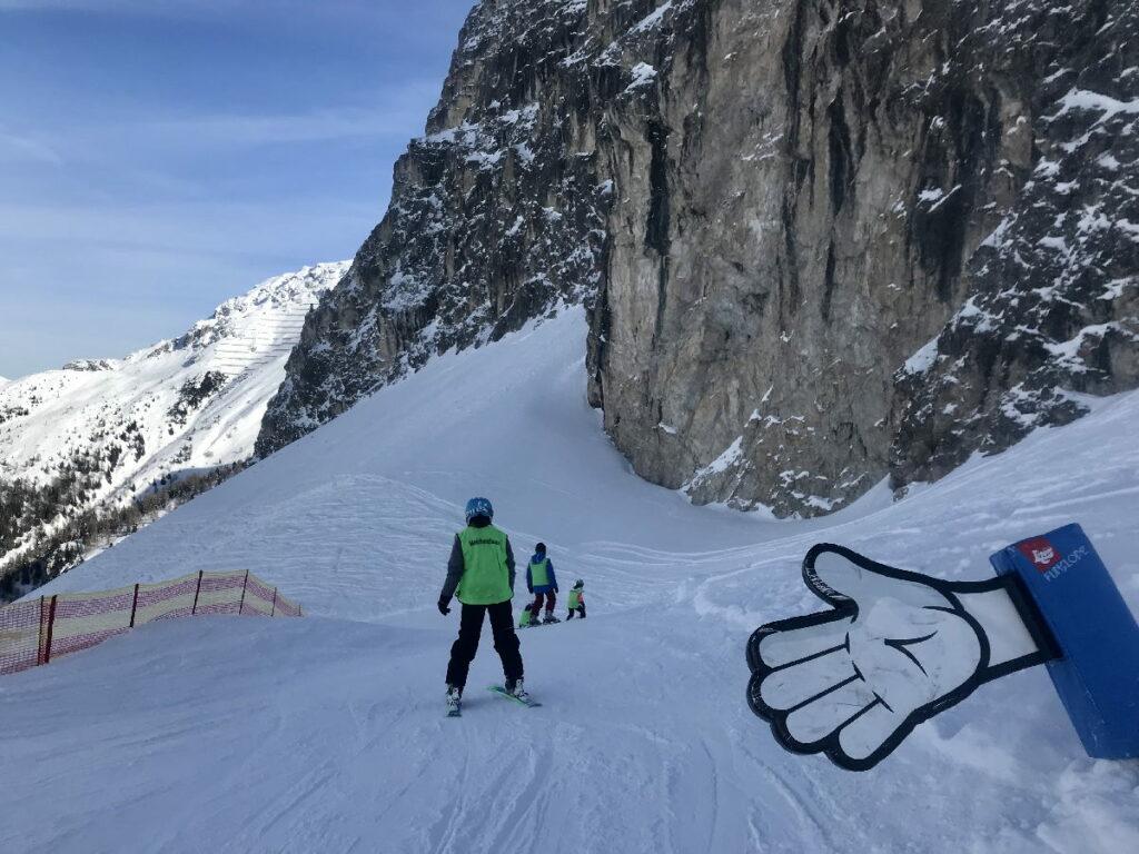 """... und """"High Five"""" im Skiurlaub mit Kindern in Tirol"""