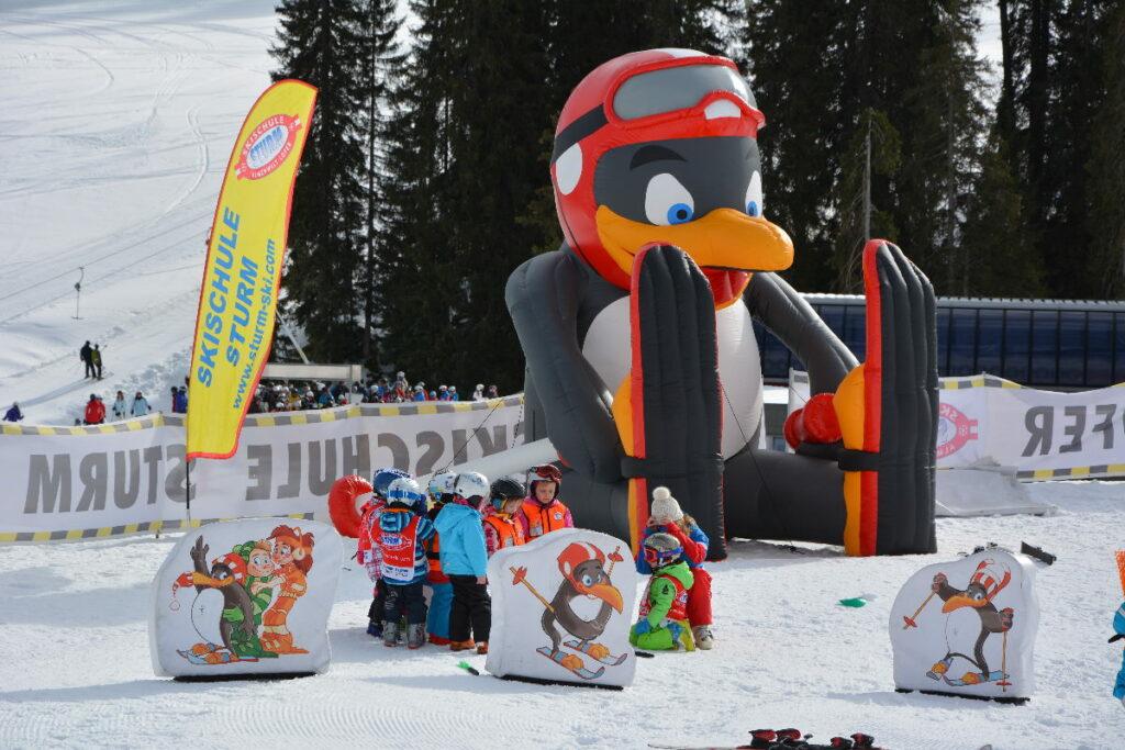 Erster Skiurlaub mit Kindern: Der Skikurs in Lofer