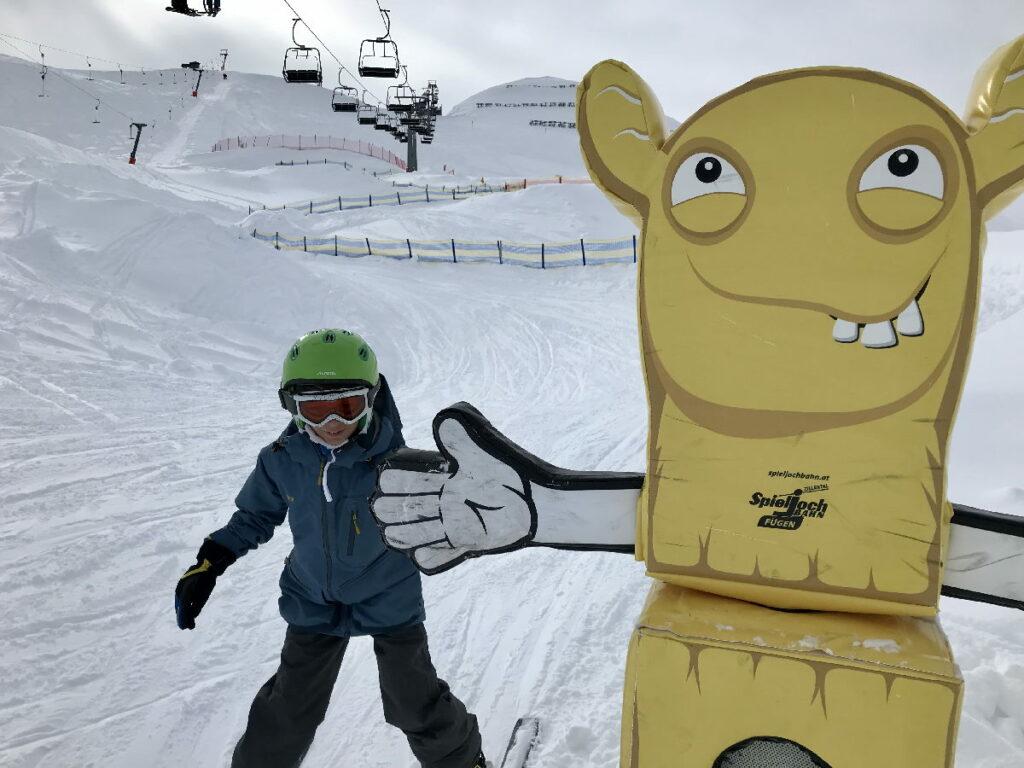 """""""Klatsch ein!"""" - so macht Kindern der Skiurlaub in Österreich Spaß!"""