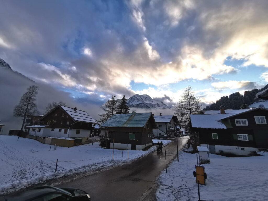 Skiurlaub mit Kindern Deutschland - diese Stimmung lieben wir im Kleinwalsertal
